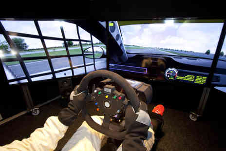 The Race Centre - One hour F1 driving simulator experience for 2 - Save 51%