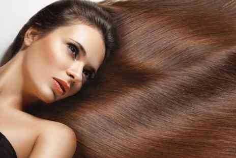 Scrimshaws - T bar highlights or full head of colour with a Moroccanoil treatment, cut & blow dry - Save 73%