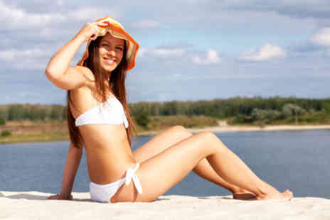 Sparkle Whites - One hour Lipo ICE treatment on 2 areas - Save 76%