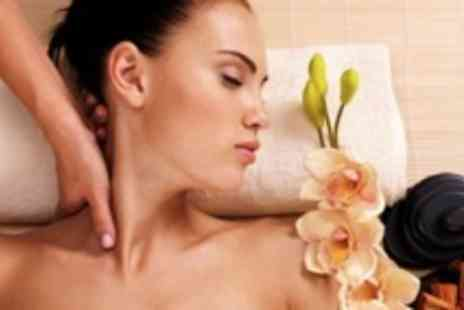 Tracey Hartley - Back, neck & shoulder massage PLus Indian head massage - Save 70%