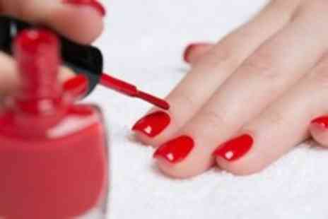 Betty and Kennys - Manicure with gel polish - Save 50%
