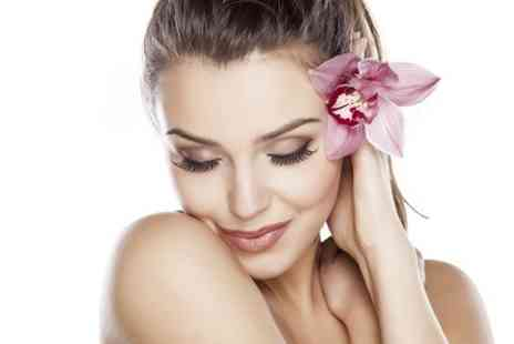 lush studios - 60 Minute Pamper Package - Save 70%