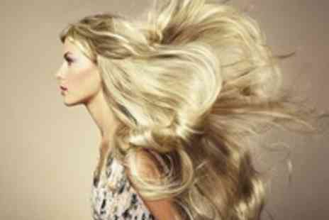 STORM Hair & Nails - Half head of highlights Plus a cut & blow dry - Save 60%