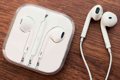 Ministry of Deals - One  Pair of iPhone 5 Compatible Earphones - Save 85%