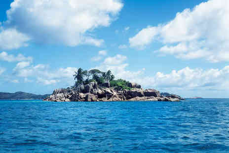 Dream Yacht Charter - Flora and Fauna in The Shimmering Seychelles - Save 30%