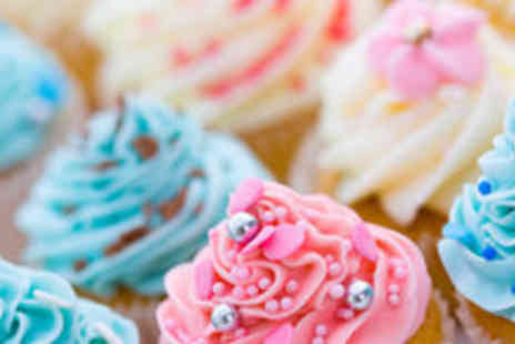 Eva's Café - £19 for a half day cupcake decorating course including six cupcakes to decorate - Save 73%