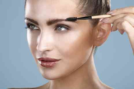 National Beauty Training - Perfectly Defined Brow course with certificate - Save 70%