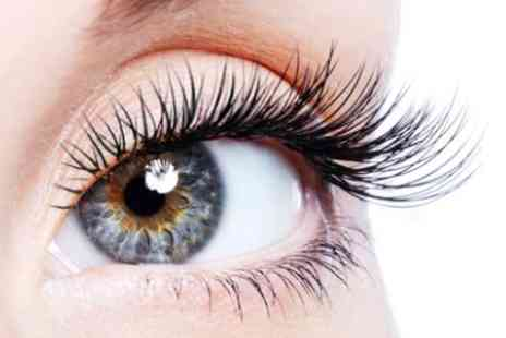 Beauty of the Orient - Full set of semi permanent individual eyelash extensions - Save 50%