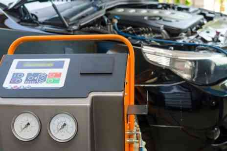 Eastleigh Autoworks - Car Air Conditioning Service With Re Gas - Save 48%