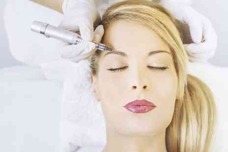 Blink Beauty Salon - Semi Permanent Make Up  - Save 75%