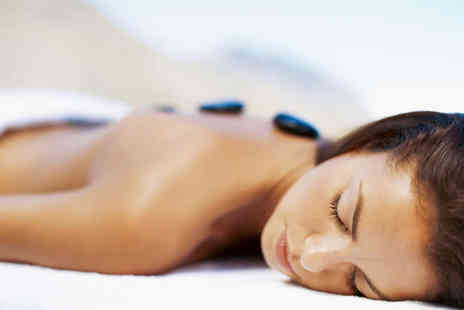 De stress Health and Beauty - Back, Neck and Shoulder Hot Stone Massage - Save 62%