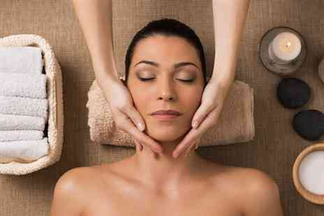 Hot Looks - Micro Lift facial plus Indian head massage - Save 50%