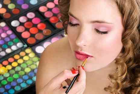 MINK London - Make Up Course  - Save 87%
