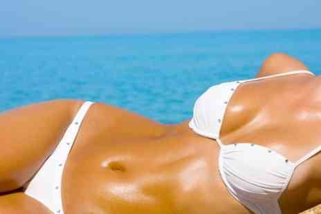 Dottys Beauty - Full Body Spray Tan Session - Save 50%