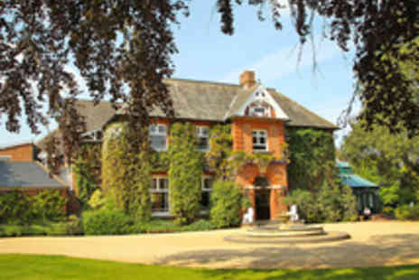 Ardencote Manor Hotel - Luxury Spa Day with Lunch Treatment Strawberries and Cream and Prosecco - Save 48%
