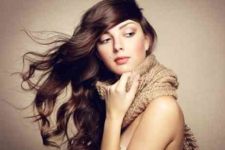 Caz 3D Hair & Beauty - Restyle and Blow Dry Plus Conditioning  - Save 67%