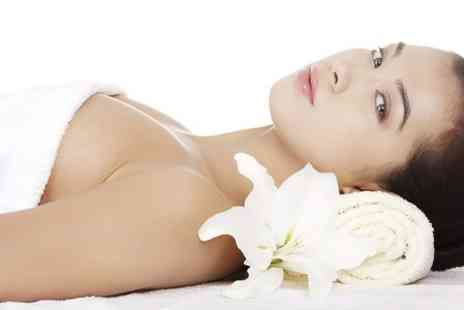 Kiri Beauty Salon - Body Wrap With Facial  And  Three Fitness Classes  - Save 50%
