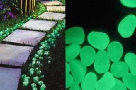 Cuspromo - 100 glow in the dark pebbles  - Save 52%