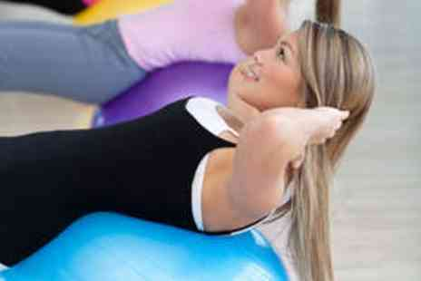Elite Fitness Studios - Five Fitness Classes and Personal Training Session - Save 65%