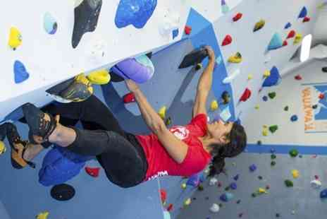 VauxWall Climbing - Bouldering Induction and Day Pass - Save 52%