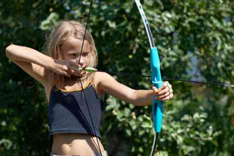 intotheblue - Kids Archery Experience in London - Save 50%