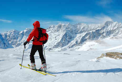 Ackers Adventure - Introductory Learn to Ski Session for One - Save 35%