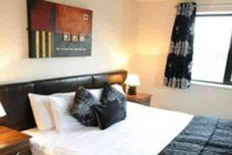 City Nites - One night stay in a spacious one bedroom self catered apartment - Save 80%