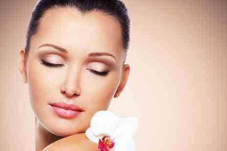Beauty Betty - One hour cavitation peel treatment with a cleansing facial & hydrating gel mask  - Save 53%