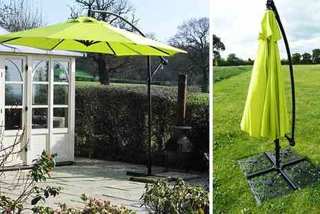Extreme Fliers - Free Standing Banana Parasol - Save 69%