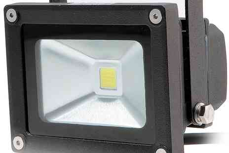 UK Energy Watch - 10W LED Floodlight - Save 49%