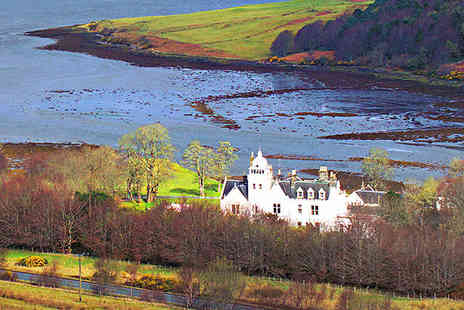 Skeabost Country House Hotel - Two Night  Isle of Skye Break for Two with Whisky on Arrival, Daily Breakfast Unlimited Golf, and Late Checkout - Save 68%