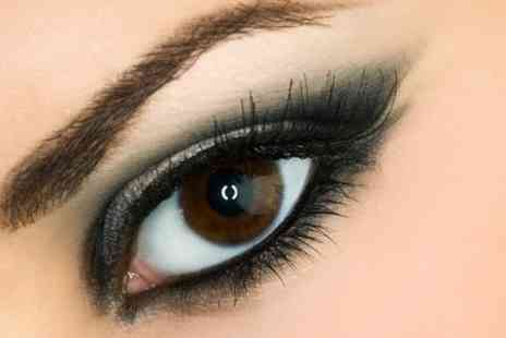 The i Bar - Eyelash Extensions With Eyebrow Threading and Tint - Save 64%