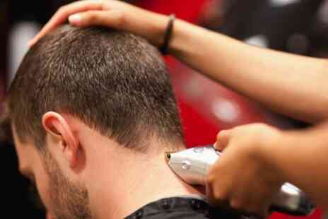 Project Man - Three Day Barber Course  - Save 67%