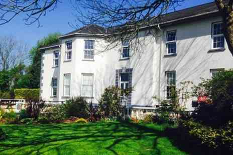 Ty Glyn - One Night Stay For Two With Dinner and Breakfast - Save 40%