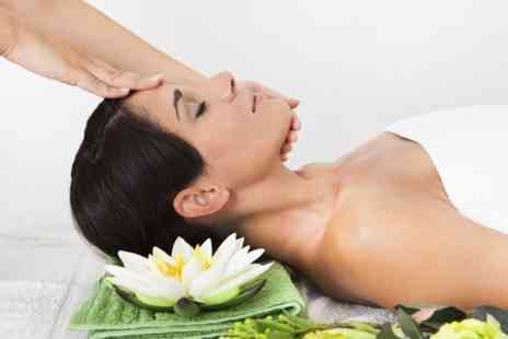 Flaunt Spa - Pamper Package With Two - Save 59%