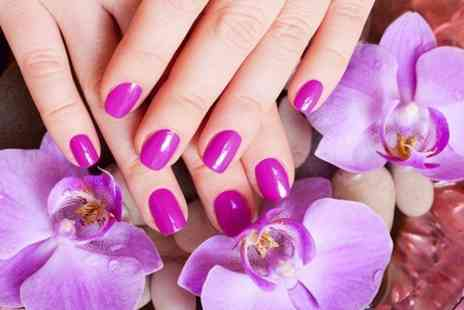 Diamond Look Salon - Gel Polish Manicure - Save 50%