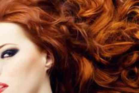 The Cheveux Boutique Beauty - £18 for two cut or restyles with a blow dry and conditioning treatment - Save 69%