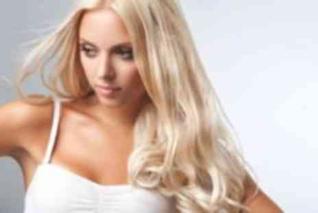 Gloss and Glow Glamour Lounge - Half head of highlights with a cut conditioning treatment and blow dry - Save 73%