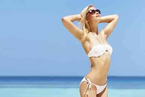 Clinica - Six Sessions of IPL Hair Removal on Underarm and Bikini - Save 88%