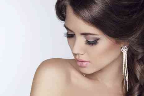 Dees Lashes - Silk  Extensions Plus Brow Shape and Tint - Save 50%