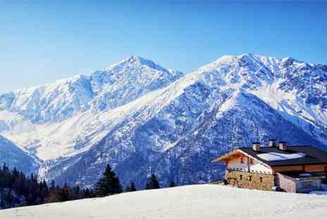 Hotel les Clarines - Seven nights stay at Les Deux Alpes Ski Resort with full board and a 6 day ski pass - Save 48%