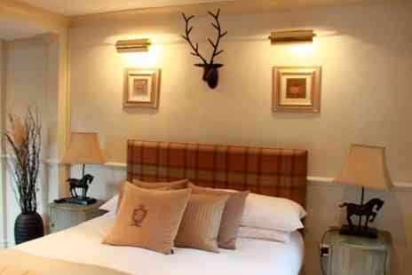 Burford Lodge - One Night stay For Two With Arrival Drink  - Save 57%
