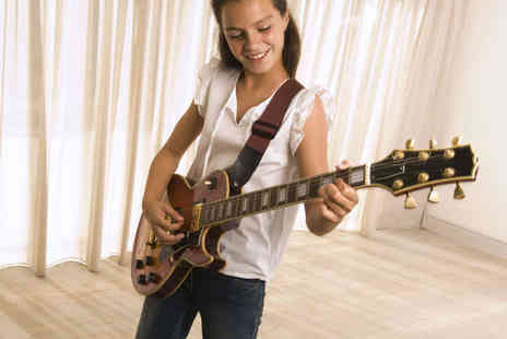 Yamaha Music Point - Four Electric Guitar or Keyboard Lessons for Children - Save 81%
