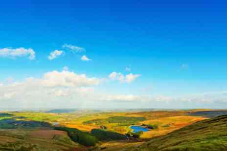 The Bull i th Thorn - Two romantic nights in The Peak District Park breakfast included - Save 56%