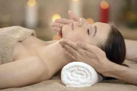 Baroque Beauty Lounge - Taster or Signature Spa Facial - Save 54%