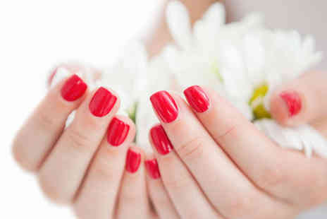 Queen Nails - Shellac Manicure - Save 53%