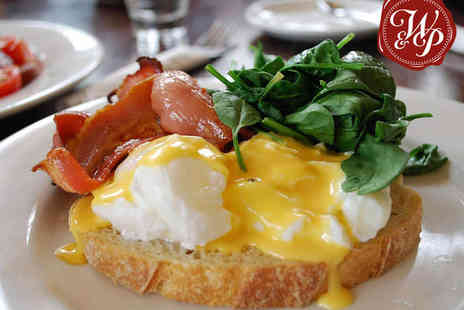 The Wig & Pen - Weekend Brunch with Prosecco for Two - Save 56%