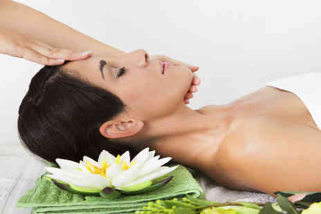 Hot Looks - Non Surgical Face Lift and Head Massage - Save 53%