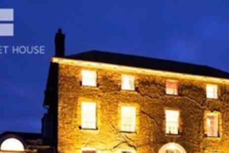 Hammet House - One Night Stay For Two With Breakfast and Prosecco - Save 60%