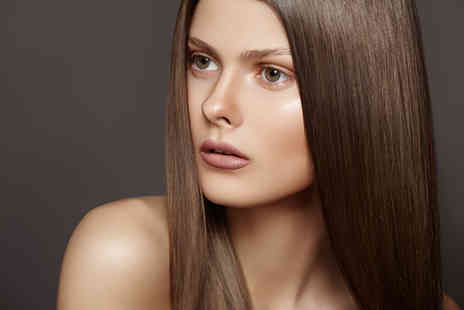 Tommy Boo - Cut conditioning treatment and blow dry - Save 44%